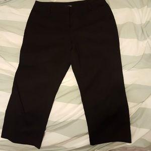 Black Capri trouser